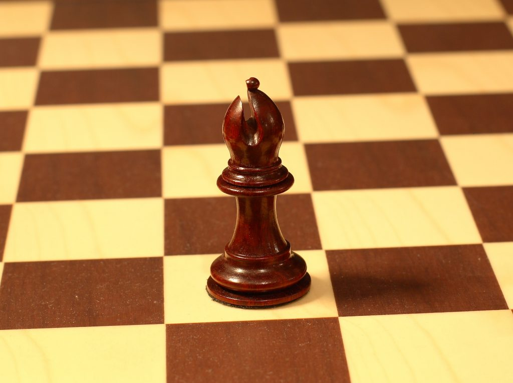 sspx chess player creates bishop pieces without world